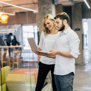Parrainez vos relations ; Economisez sur votre comptabilité