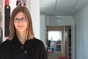 Irina, Collaborateur comptable; chargé de clientèle