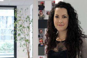 Yasmine, Collaboratrice comptable ECL Direct