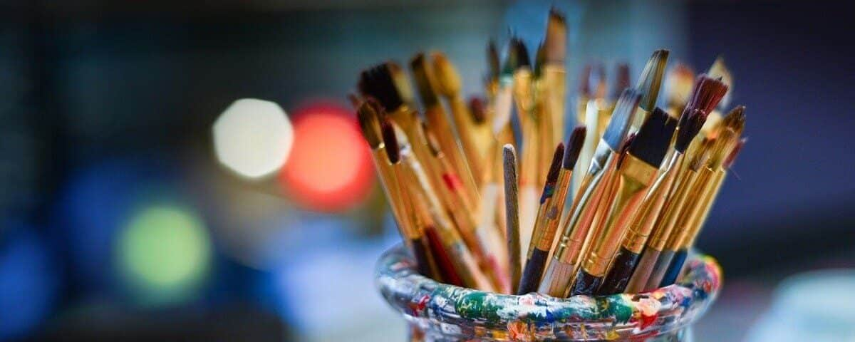 .brushes-3129361_1920